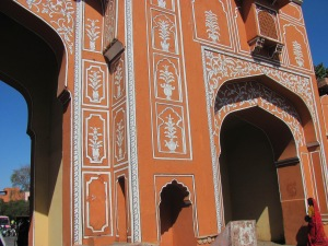 Entrance to Jaipur, the 'pink' city.