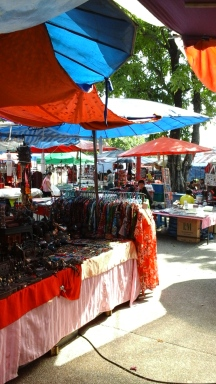 A market at ThaPhae Gate.