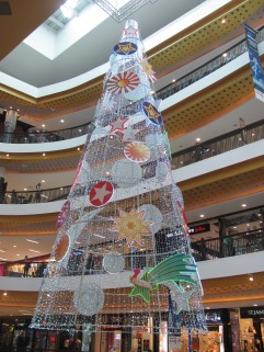 Christmas in one of Chiang Mae's shopping malls.