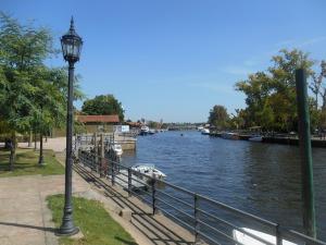 The Rio de la Plata - Tigre