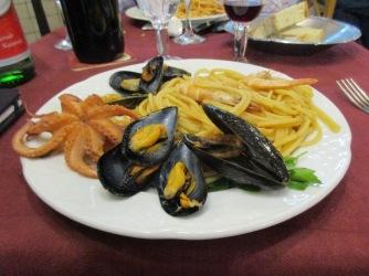 Napoli seafood pasta